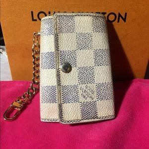 Auth Louis Vuitton Damier Azur key holder